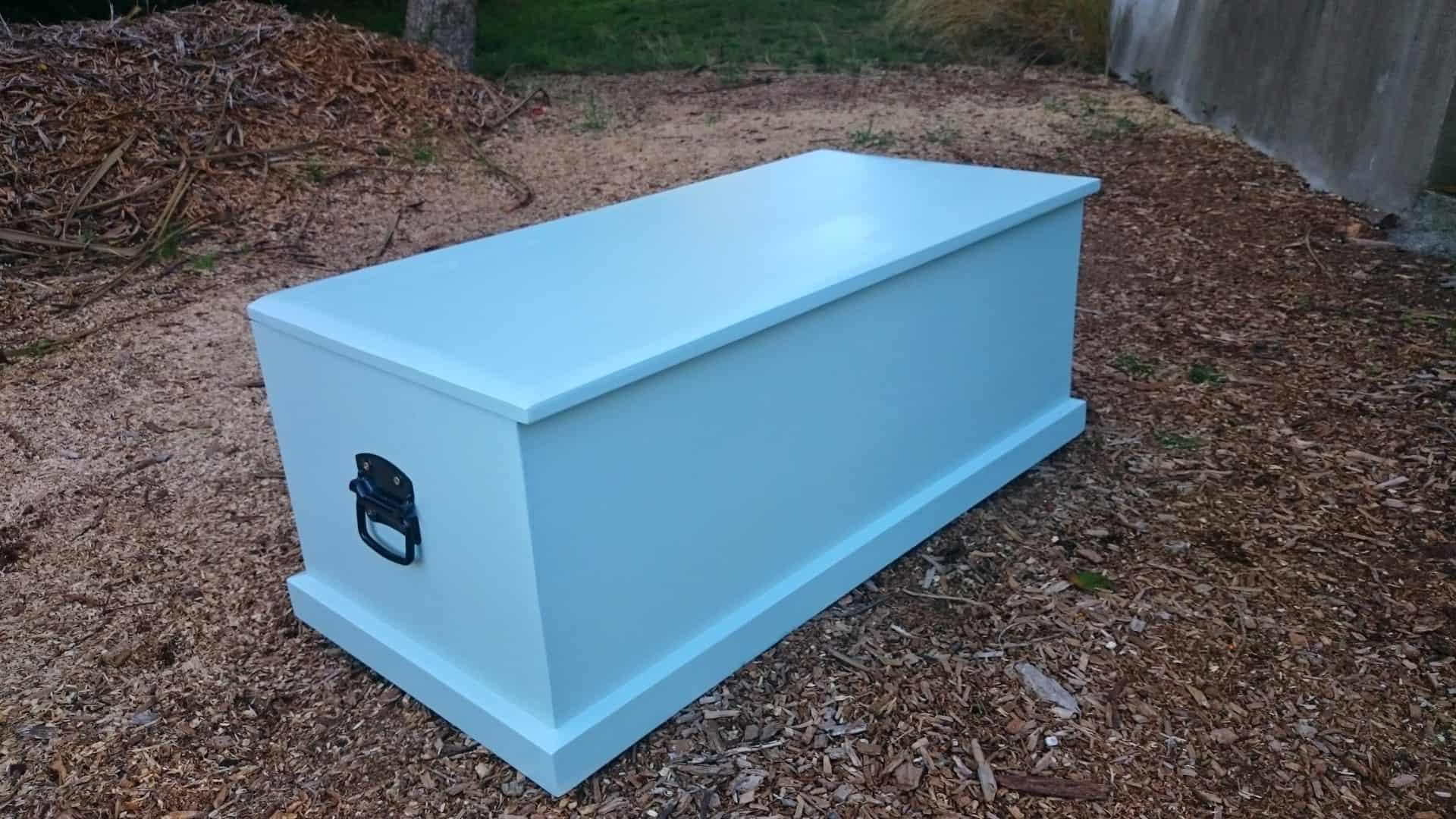 Ashanti Blue Blanket Box