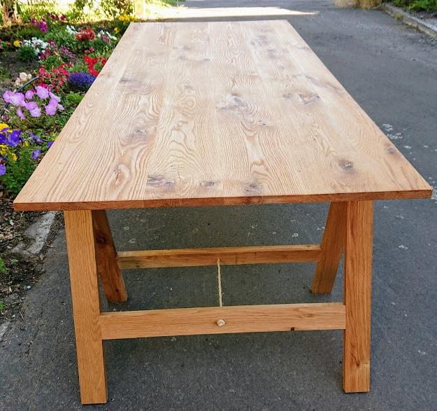 Fox's Den Rustic Oak Trestle Table