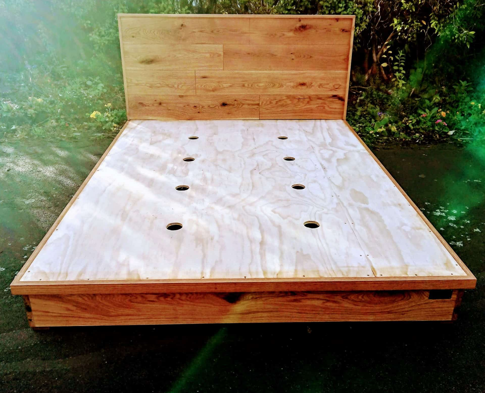 Rustic Oak Minimalist Design Bed